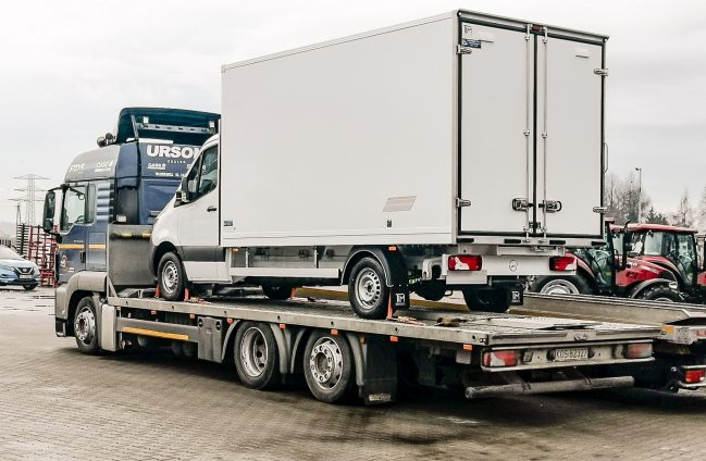 Mercedes Sprinter zabudowa izotermiczna